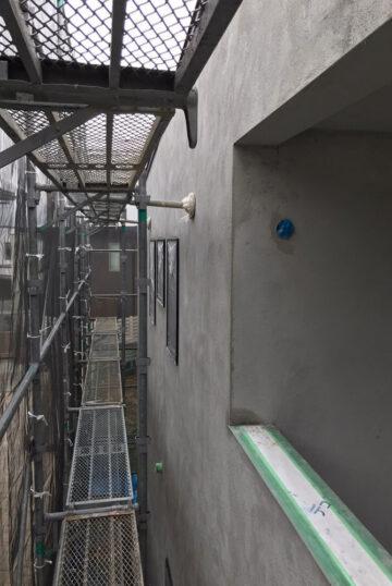外壁左官工事(中塗り)