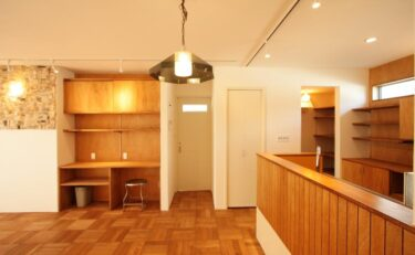 ミッドセンチュリーでレトロな住宅:デザインのポイントvol.1